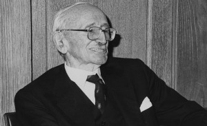 Friedrich_August_von_Hayek,_27th_January_1981,_the_50th_Anniversary_of_his_first_lecture_at_LSE,_1981