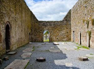 c-rkjn irski-samostan2