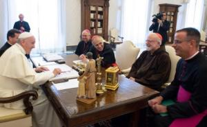 szucjd Pope_meets_US_bishops_over_abuse_crisis_810_500_75_s_c1
