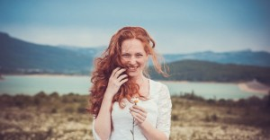 Smiling-Woman-860x450_c