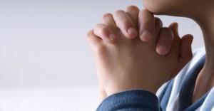 Kratke-posve-jednostavne-molitve-860x450_c