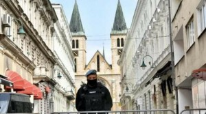 sarajevo_katedrala_policija