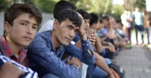 minderjarige-asielzoekers-696x364