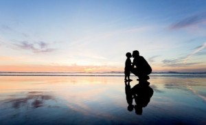 8-father-son-silhouette-wallpaper-1024x682-e1569916495492-696x424